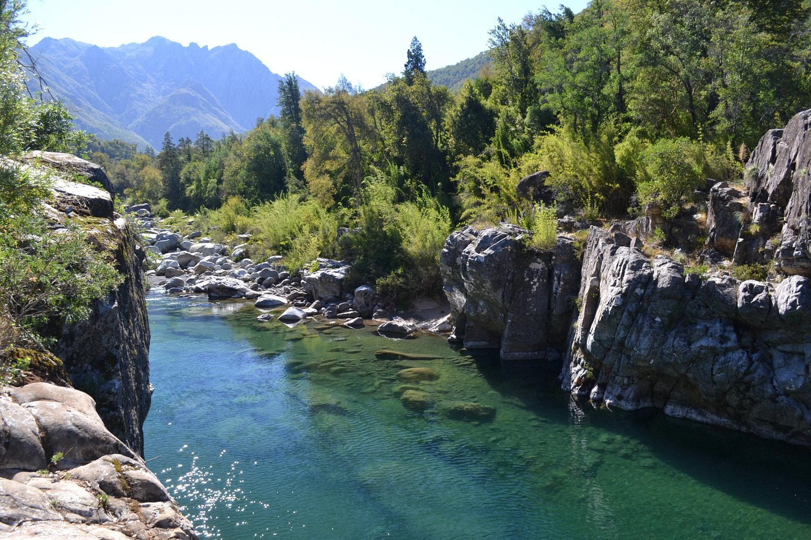 Trekking Cajón del Río Achibueno - Lagunas de Cuellar