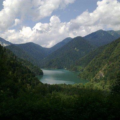 Рица и Голубое озеро