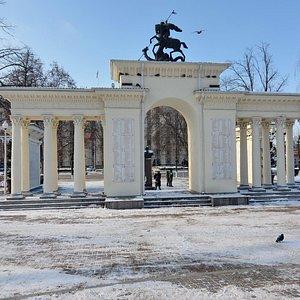 Мемориальная арка «Ими гордится Кубань», Краснодар