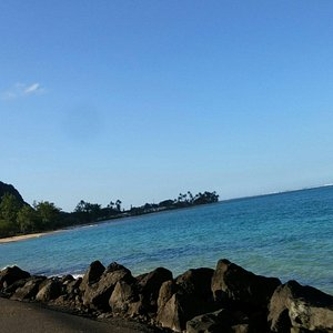 Driving from K-bay north towards Turtle Bay