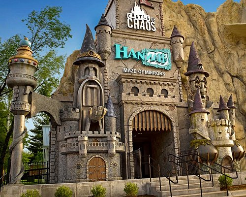 Open 365 days a year, this top-rated mirror maze attraction is one of the best family things to