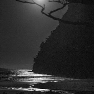 Night at Waimanu Valley
