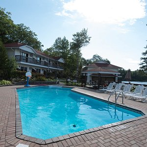 The Pool at the Severn Lodge