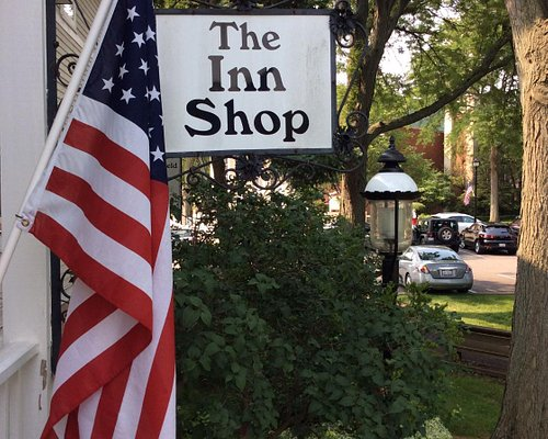 The Inn Shop @ the Northbrook History Museum