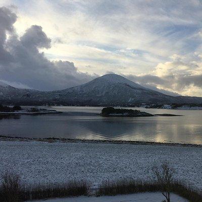 Jendemsfjellet sett frå Nord ein morgon i januar.