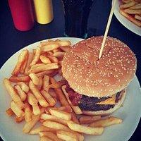 Iani Burger Bar & Iani Cafe
