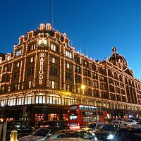 Beautiful view of Harrods in the evening