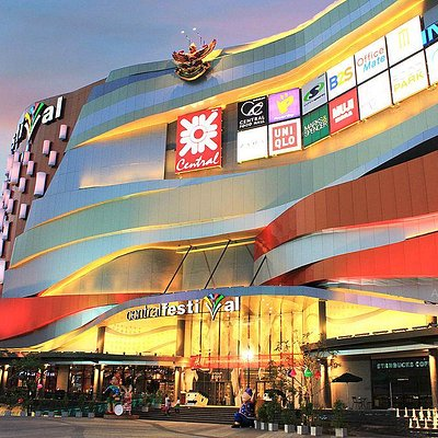 The Futuristic Lanna Lifestyle Shopping Destination in the Northern Thailand
