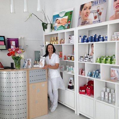 Pour votre bien-être tous soinssage et corps, massages, épilation, maquillage,maniure,pedicure.