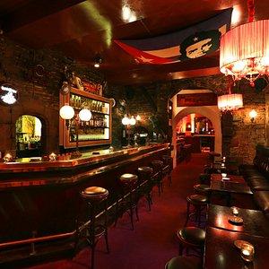 Le Grand Bar