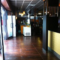Leo Wok Restaurant