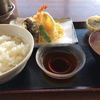 天ぷら定食。