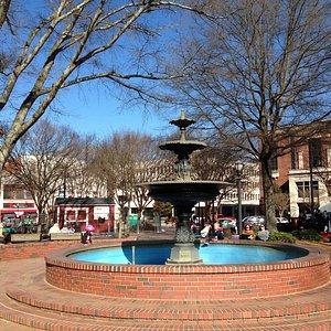 Fountain in the Square/Park