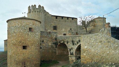 El maltratado castillo