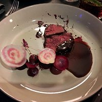 ONGLET BELGISCH WIT BLAUW Rode biet– sjalot – cabernet sauvignon azijn