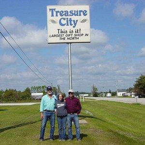 Famous visitors to Treasure City