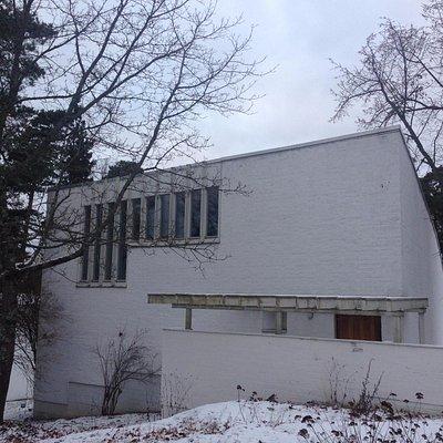 Alvar Aalto Studio in Helsinki_from the road