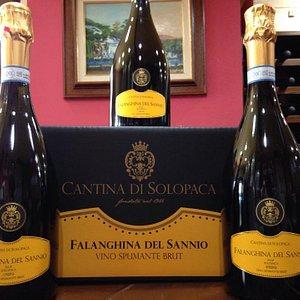 un prodotto d'eccellenza: Falanghina del Sannio spumante brut.