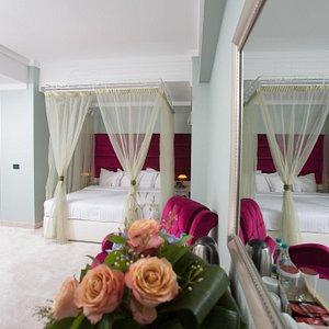 superior matrimonial room
