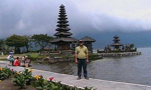 tempat wisata yang cantik alamnya