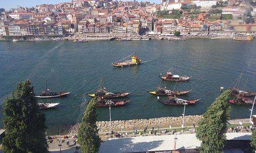 Vista da cidade do Porto a partir do teleférico em Gaia.1