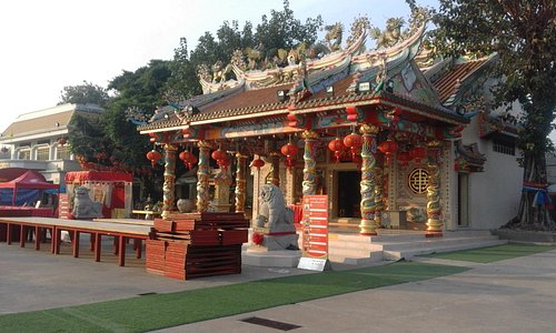 Chinese-style architecture