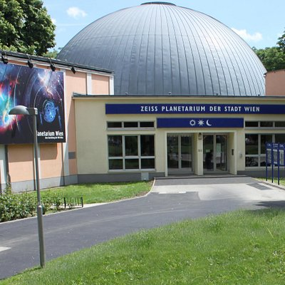 Aussenansicht des Planetariums