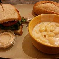 Chicken Cesar sandwich with Mac n cheese
