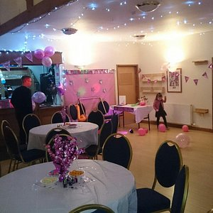 Surprise 18th 🎉 Fab Venue, Hugh the owner is lovely,made us feel very welcome,free to decorate