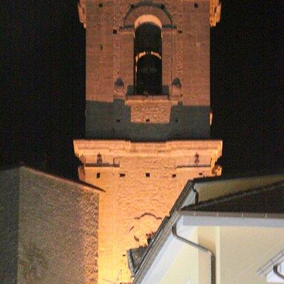 torre campanaria (notturno)