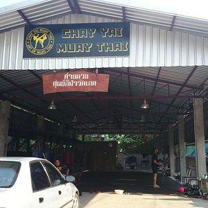 Chay Yai Muay Thai