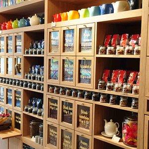 Tea presentation in the shop