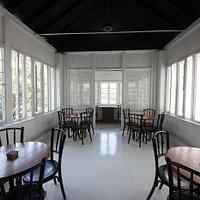 Paradise Road Café