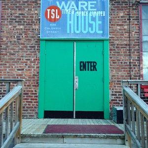Ware HOUSE, you betcha!