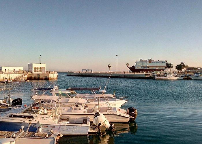 Great view of Persian Gulf at Fanateer Beach