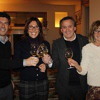 Dal Zovo A.,enologo, Marta Locatelli,proprietaria ANGORIS, R.Rizzi, Presidente ASSOENOLOGI Friul