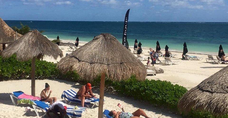 Unico beach club