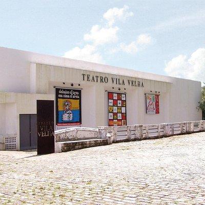 Fachada do Teatro Vila Velha