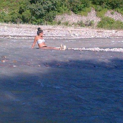 rio wierna,ideal para pasar con la familia por no tener gran profundidad