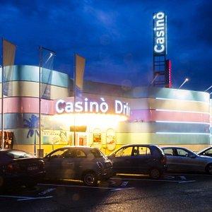 Casino Drive-in outside