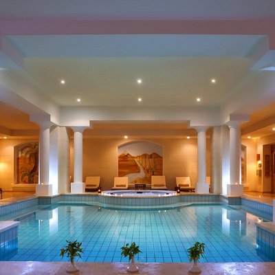 Coraya Spa Pool & Jacuzzi