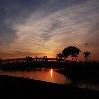 Vale a pena assistir o pôr do sol no Parque Tia Nair