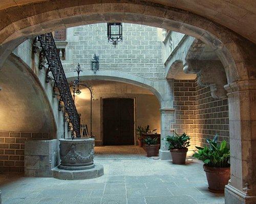 Entrada Palau Solterra