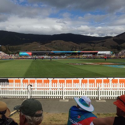Picturesque Saxton Oval