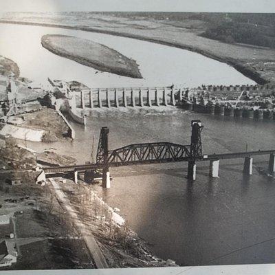 Construction photo in 1940 of Chickamauga Dam
