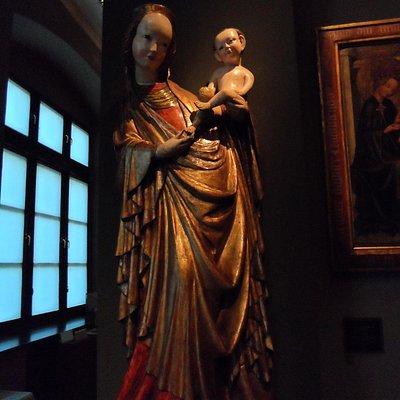 Madonna con Bambino in legno