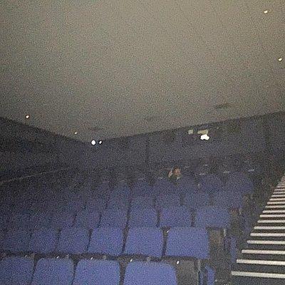 9:20pm screening on a Saturday