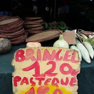 Joli petit marché typique