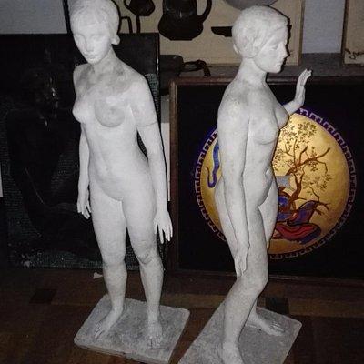 Экспонаты художественной академии