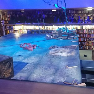 The stage and setting of Creation Theatre's King Lear, Blackwell's Bookstore, Oxford